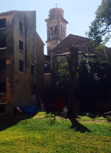 Il campanile di San Trovaso visto da Ca Bembo