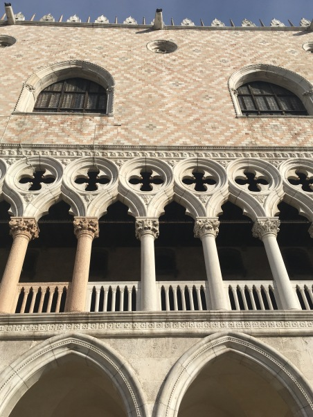 red-columns-doges-palace