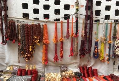 Un negozio a Varanasi
