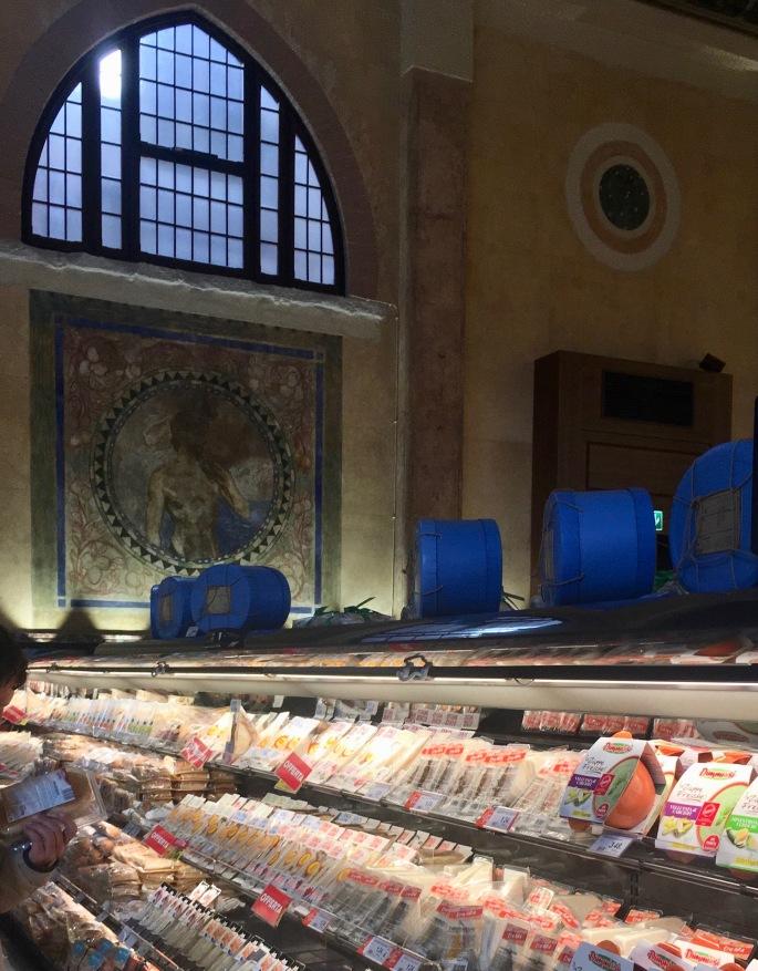 Teatro Italia food